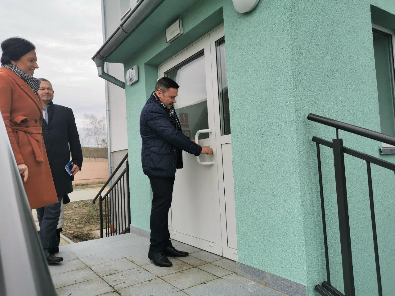 Wielka radość. Gmina ma nowy budynek z mieszkaniami socjalnymi!