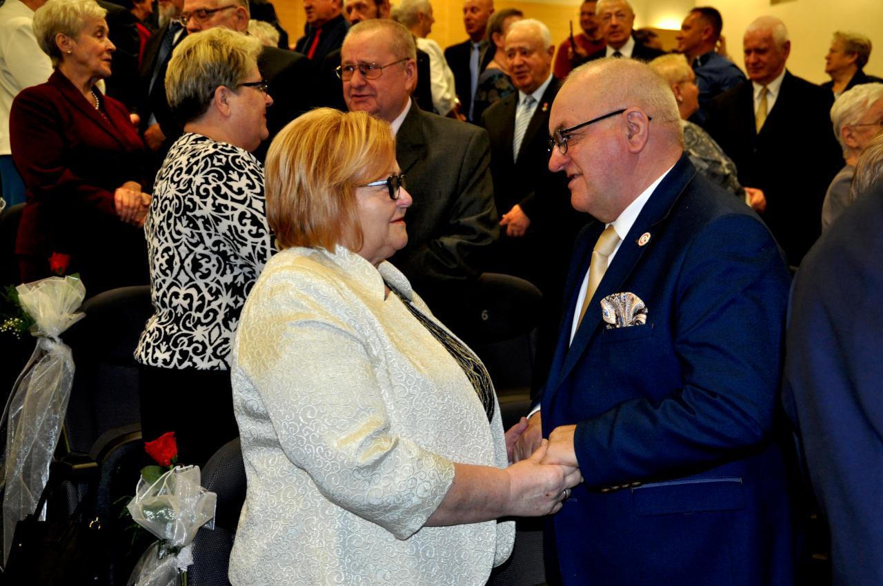 Ależ to były wzruszenia. Po 50 lat odnowili przysięgę małżeńską!
