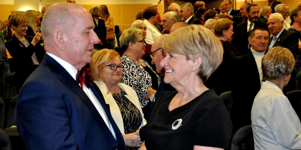 Po 50 latach odnowili małżeńską przysięgę!