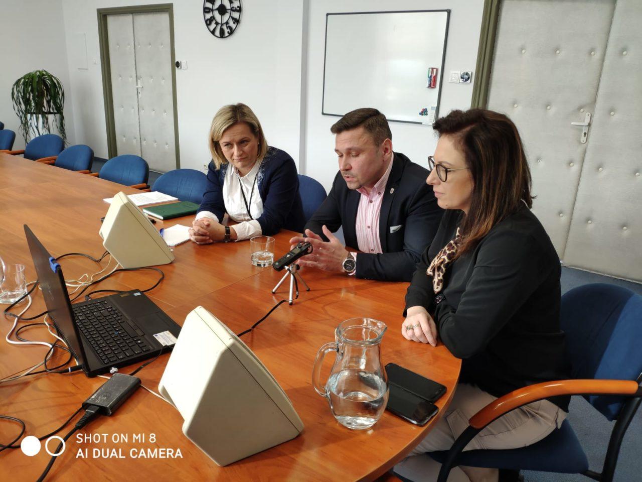 Burmistrzowie Słubic i Frankfurtu o sytuacji związanej z koronawirusem