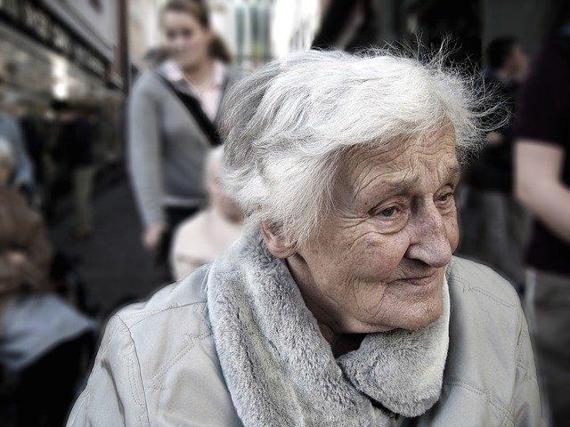 Jak w czasie epidemii pomóc podopiecznym domowych hospicjów