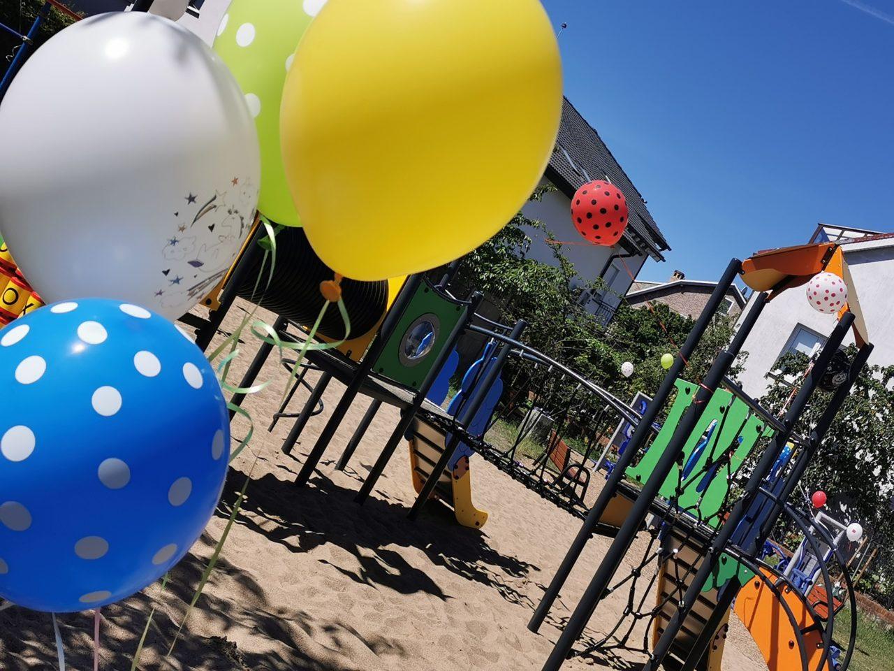 W Dzień Dziecka na nowych placach zabaw zrobiło się jeszcze bardziej kolorowo!