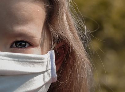 Sanepid apeluje: Stosujmy się do zaleceń. Koronawirus coraz groźniejszy!