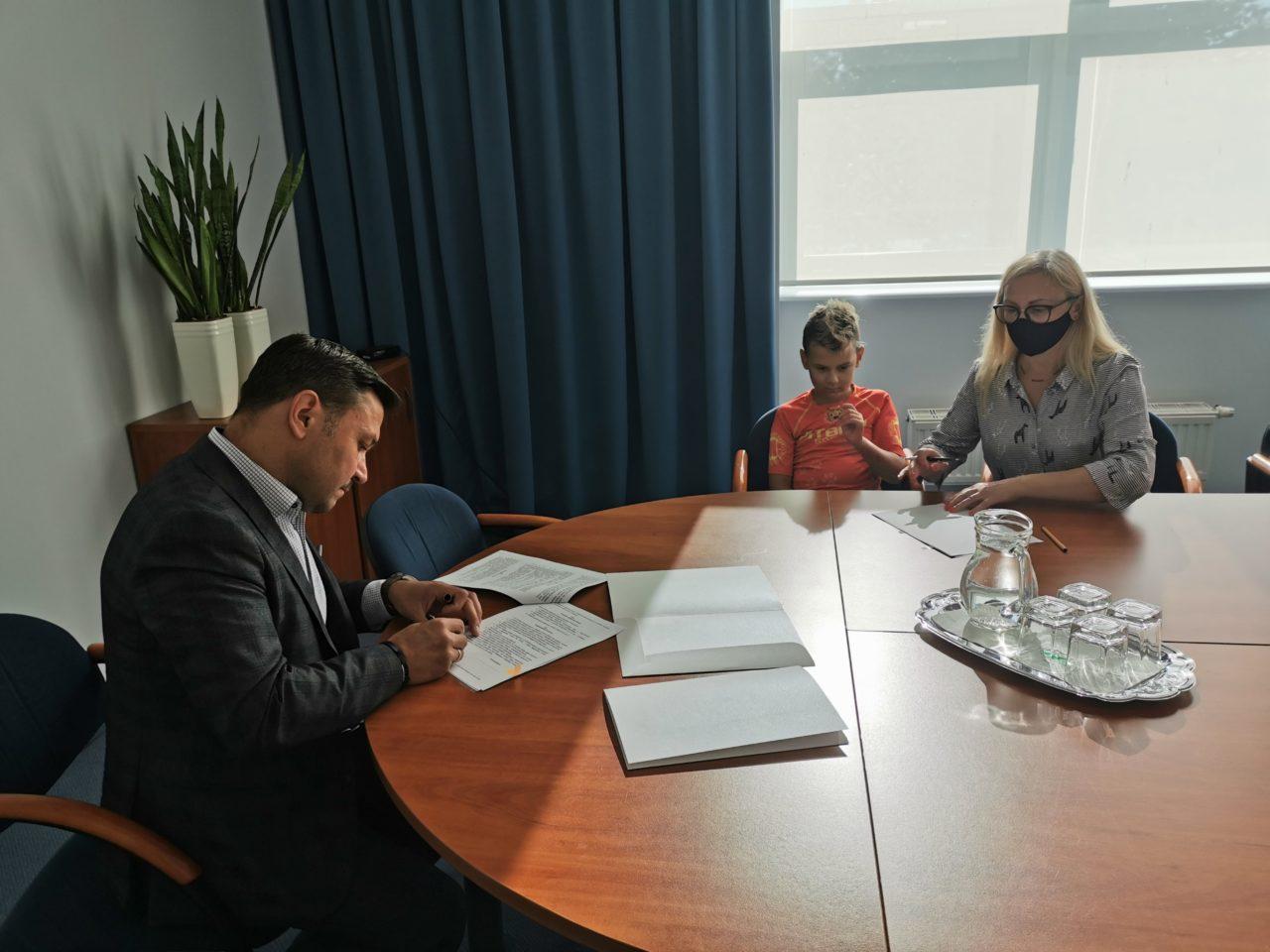 Pierwsze umowy na wymianę kopciuchów podpisane!