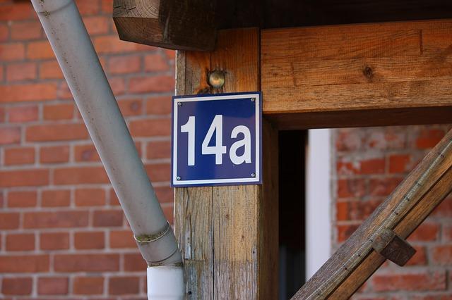 Straż Miejska sprawdza, czy domy mają numery. To obowiązek właściciela nieruchomości!