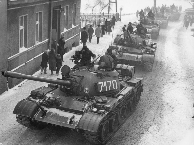 Czołgi na ulicach, godzina milicyjna…39 lat temu wprowadzono stan wojenny w Polsce